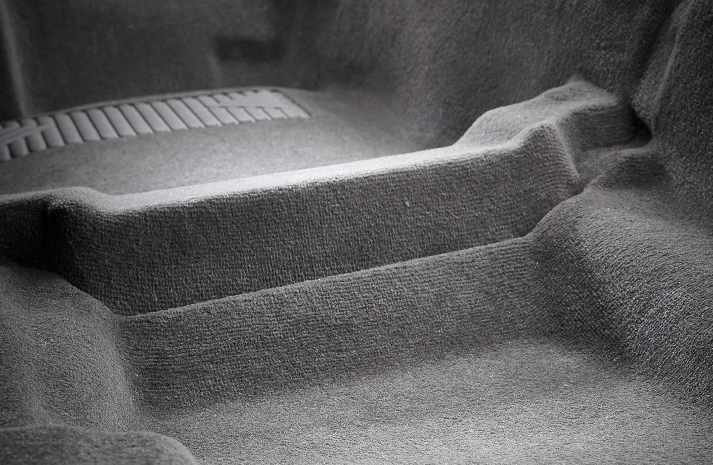 Primary backing for car carpets